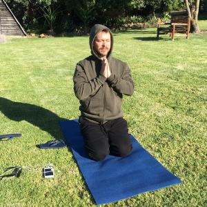 JJ van Zon meditating